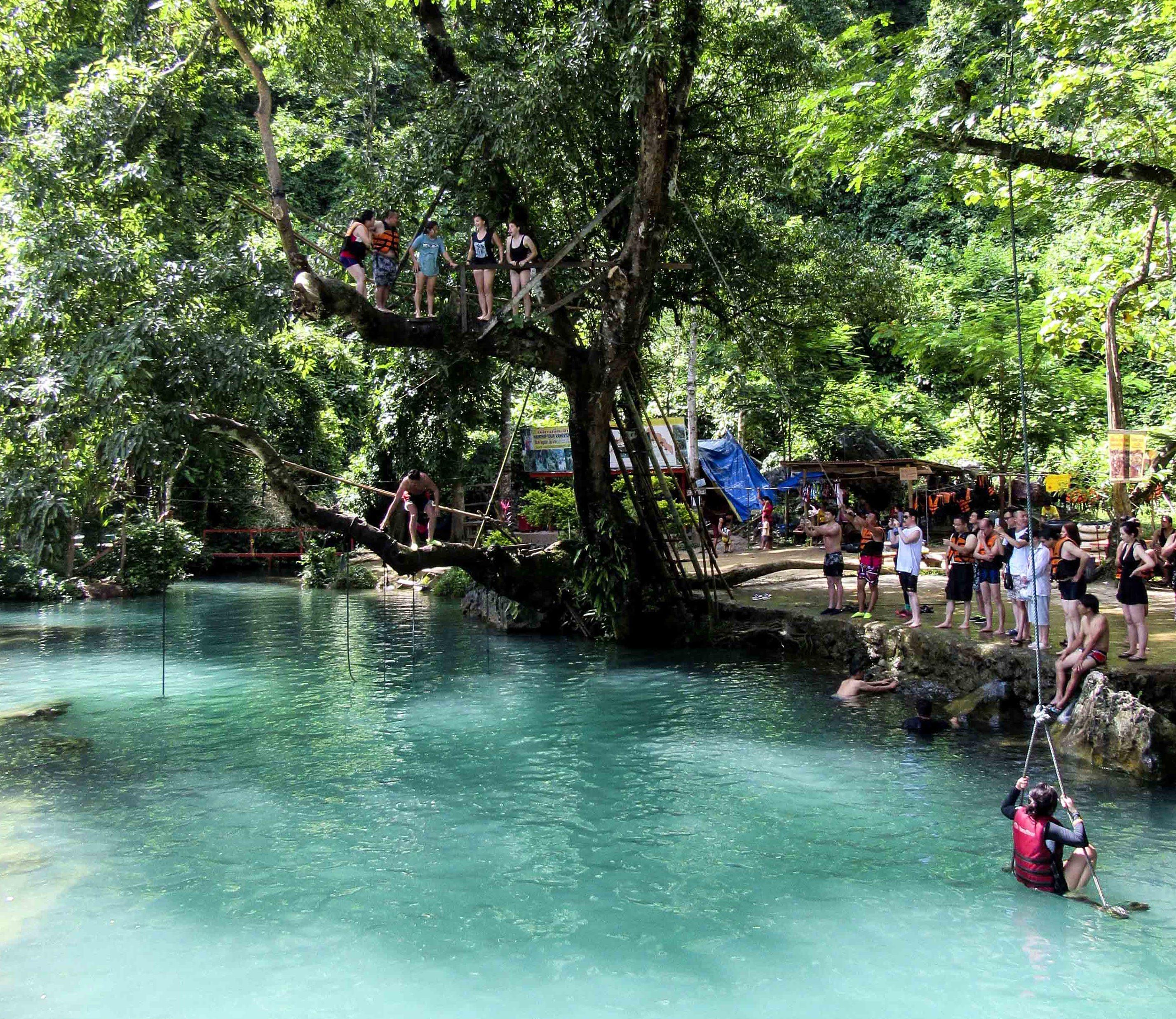 3 Awesome Reasons to Visit Vang Vieng!